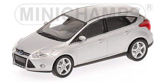 1:43 FORD FOCUS 2011 SILVER