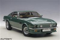 1:18 ASTON MARTIN V8 VANTAGE 1985 forest green