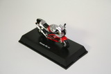 1:32 HONDA RC 51 RED / SILVER
